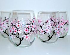 Wine Glasses Hand Painted Pink Rose Stemless por WhineAlittlegifts