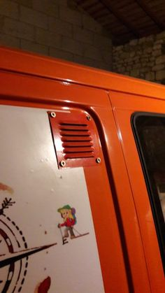 Le fourgon aménagé de Aubin & Hélène - Fourgon et Van Aménagé Volkswagen Transporter, Transporteur Volkswagen, Vw Bus, Ford Transit, Equipement Camping Car, Astuces Camping-car, Camper Van Conversion Diy, Campervan, Van Life