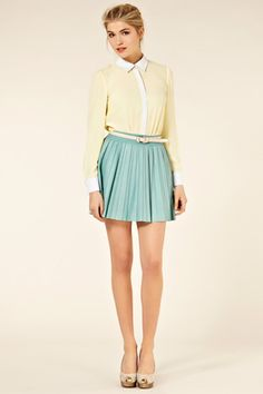 Could there be anything more amazing than this MINT green leather pleated skirt?  Whole outfit is a winner