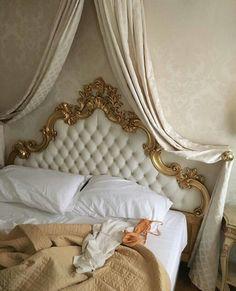 Imagine falling asleep here