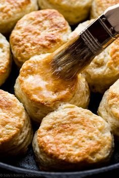 You only need 6 ingredients and about 30 minutes to whip up these ultra buttery golden brown mega flaky buttermilk biscuits!