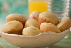 Faça um prático pão de queijo com massa de biscoito