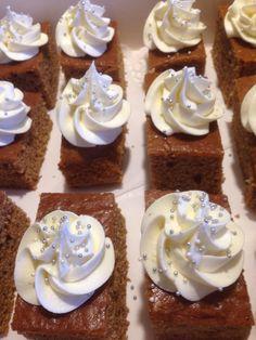 Krydderkake Cakes, Desserts, Food, Tailgate Desserts, Meal, Cake, Dessert, Eten, Meals