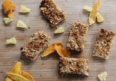 These Tropical Granola Bars are super easy and look delicious!