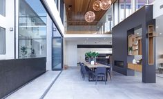 Dining Room / Alfresco