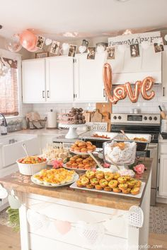 A Rose Gold Engagement Brunch Engagement Brunch, Rose Gold Engagement, Backyard Engagement Parties, Engagement Party Cakes, Engagement Party Decorations, Engagement Rings, Mason Jar Drinks, Rose Gold Balloons, Birthday Brunch