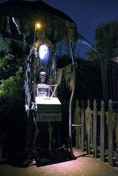 October :: 2014 :: Davis Graveyard