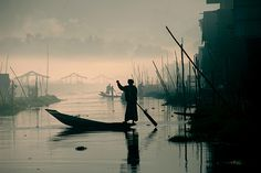 Early morning on Inle Lake by DaF1967, via Flickr