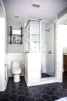 love this design.  love the larger tiles in the shower, the floor, walls