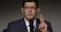 Levy admite que economia brasileira pode ter encolhido em 2014