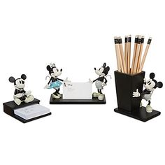 40 Easy Things To Do With Mason Jars Mickey Mouse Desk Accessory Set travel accessories travel Disney Mouse, Mickey Mouse And Friends, Mickey Minnie Mouse, Disney Fun, Disney Mickey, Disney Ideas, Disney Stuff, Cozinha Do Mickey Mouse, Disneyland