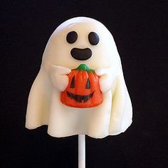 Ghost Cakepop :) who doesnt like halloween ? !