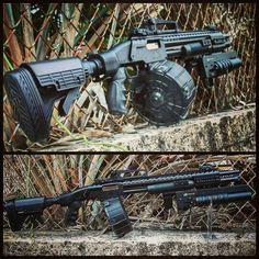 A real beast Weapons Guns, Guns And Ammo, Bullpup Shotgun, Tactical Equipment, Military Guns, Cool Guns, Assault Rifle, Firearms, Shotguns