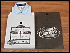 Johnny Cupcakes is the World's First T-Shirt Bakery! We bake apparel dripping with sweet pop-culture references and serve 'em with a smile. Clothing Packaging, Shirt Packaging, Cool Packaging, Innovative Packaging, Design Packaging, Johnny Cupcakes, Cupcake Packaging, Biscuits Packaging, Press Kit