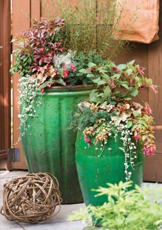 pretty garden accents for the shade
