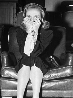 Pussy Feet Lucille Bremer  nude (27 foto), Twitter, see through