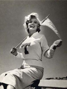 Cheerleader Marilyn Monroe.