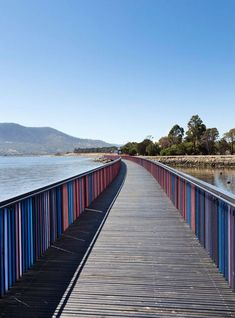 by Room 11 is a sequence of riverside pavilions and boardwalks in Tasmania, Australia Traditional Landscape, Contemporary Landscape, Urban Landscape, Landscape Design, Wonderful Places, Beautiful Places, Landscape Arquitecture, Bridge Design, Pedestrian Bridge