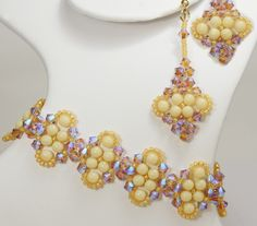 Deb Roberti's Bijoux Bracelet and Earrings done in 2015 Spring Fashion color Custard.