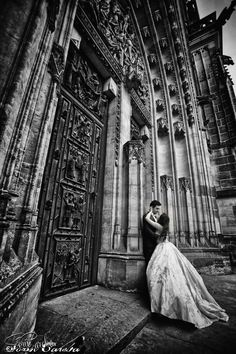 Trash the dress photo shooting in Prague | Sorin Careba Photography