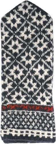traditional Latvian mittens