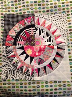New York Beauty. Paper pieced