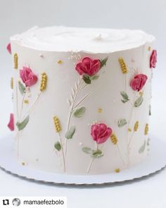 Charming substituted cake decor ideas No Credit Card Required Gorgeous Cakes, Pretty Cakes, Cute Cakes, Bolo Floral, Floral Cake, Cake Decorating Videos, Cake Decorating Techniques, Buttercream Flowers, Buttercream Cake
