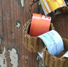 A paper chain made from corrugated cardboard and paper leftovers.