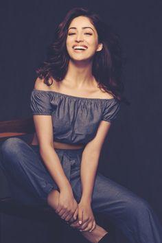 In order to pursue a career in entertainment industry, Yami Gautam has come to Mumbai few years ago Bollywood Actress Hot, Bollywood Actors, Bollywood Celebrities, Indian Film Actress, Indian Actresses, Priyanka Chopra, India Beauty, Indian Girls, Deepika Padukone