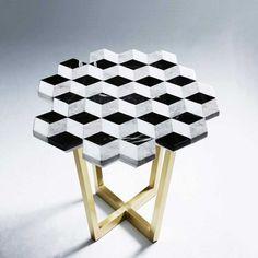 'Diplopia' table