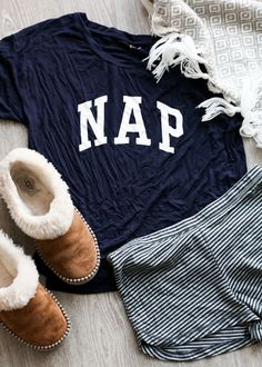 20 Clothing Essentials For Your College Wardrobe - - This pajama outfit is so cute with the slippers! Source by karissabianco - Lazy Day Outfits, Winter Outfits, Casual Outfits, Pajama Outfits, Winter Dresses, Holiday Outfits, Cute Lounge Outfits, Cheap Outfits, Skirt Outfits