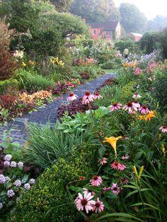 ONE New England - Hollister House Garden