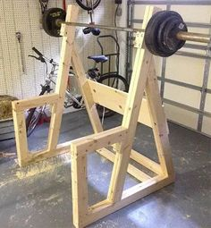 8 Wooden DIY Squat Rack Plans And Cheap Garage Gym Ideas - squat gym Home Made Gym, Diy Home Gym, Gym Room At Home, Homemade Gym Equipment, Diy Gym Equipment, No Equipment Workout, Squat Rack Diy, Diy Rack, Don Chuy