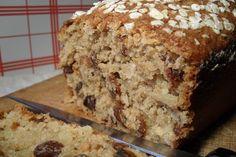 Breadcake : Cake son d'avoine, amandes et raisins secs