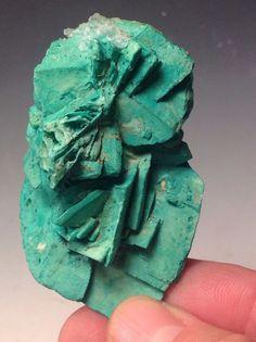 Copper stained Glauberite Crystals (Arizona) 51g / Mineral Friends <3