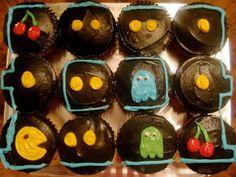 Pac Man Cupcake Cake