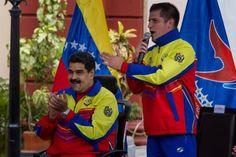 El ministro para la Juventud y el Deporte de Venezuela, Mervin Maldonado, afirmó hoy que la familia del mundo deportivo venezolano está de luto y consternada por el fallecimiento del capitán de la selección nacional de voleibol, Kervin Piñerúa, quien sufrió una parada cardíaca en Turquía.</p>