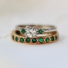 emerald and gold rings vintage rings