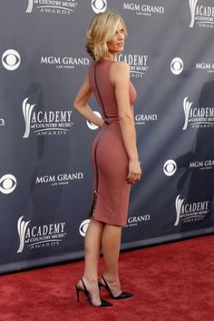 Brooklyn Decker on the red carpet in Vegas