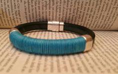 Mira este artículo en mi tienda de Etsy: https://www.etsy.com/listing/236517385/leather-bracelet-for-men-genuine-spanish
