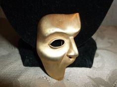 VTG. JJ JONETTE GOLD TONE RARE PHANTOM OF THE OPERA MASK BROOCH~ #JJJonette