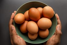 Benefits Of Eating Eggs, Best Omelette Pan, Source De Calcium, Egg Pictures, Traditional Mexican Food, Mexican Dessert Recipes, How To Treat Anxiety, Healthy Oils, Health Foods