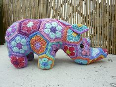 Free Knitted Crochet African Flower Pattern Dragon : 1000+ images about crochet animals on Pinterest African ...