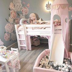 "62ab564e4 Interior Design | Kids Decor on Instagram: ""Such a fun and cute space!🦄  Credit to @linnantonie"""