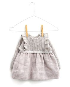 How to make a knitted dress and combined baby fabric DIY - Tutorial and Pattern Knit Baby Sweaters, Knitted Baby Clothes, Knitting For Kids, Baby Knitting Patterns, Love Crochet, Knit Crochet, Vestidos Bebe Crochet, Tricot Baby, Knit Baby Dress