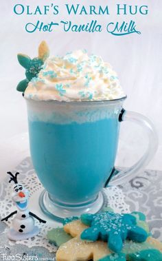 Our Olaf's Warm Hug Hot Vanilla Milk is a fun Frozen themed treat that is so easy to make. It tastes great too - just like a warm hug for your insides! It is perfect for a cold wintery day, a Frozen Birthday Party or just as a nice way to tell that Froze Kid Drinks, Non Alcoholic Drinks, Party Drinks, Yummy Drinks, Beverages, Non Alcoholic Christmas Drinks, Drink Recipes Nonalcoholic, Fun Drinks Alcohol, Dessert Drinks