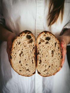 Pšenično-ražný kváskový chlieb - Zo srdca do hrnca Sweet Recipes, Catering, Food And Drink, Lunch, Bread, Baking, Fit, Pizza, Hampers
