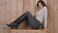 Long Italian leather knee boots with chunky heels - Shoebidoo Shoes Best Ankle Boots, Thigh High Boots, High Heel Boots, Knee Boots, Heeled Boots, High Heels, Sexy Boots, Classy Outfits, Chunky Heels