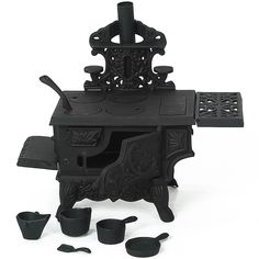 Lehman's - Mini Cast Iron Wood Cook Stove -Grandma had one of these! I used to love playing with it. Cooking Beets In Oven, Wood Stove Cooking, Cooking Kale, Cooking Pasta, Cooking Spaghetti, Cooking Fish, Cooking Bacon, Cooking Turkey, Spaghetti Squash