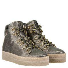 1f77450fd3cb38 Die Schnür-Sneaker TRISTANO von DONNA CAROLINA geben dem Athleisure-Look  eine modische Note